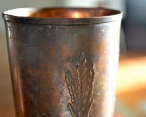 copper mugs tarnish